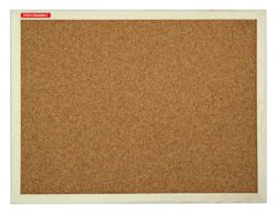 Tabule korková dřevěný rám 30x40cm-Jednostranná korková tabule v dřevěném rámu. Sada pro připevnění na zeď součástí balení.